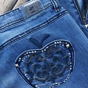 Women's Apple Bottom Jeans, EUC, Medium Wash